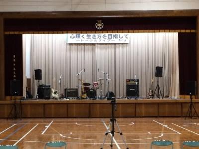 福岡市 中学校 体育館 音楽イベント音響、楽器